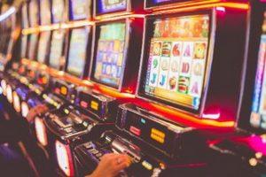 топ интернет казино casinopoisk.ru